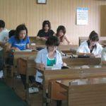 学科を勉強中