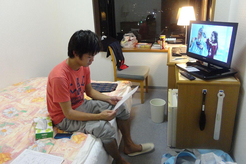 お部屋で勉強中